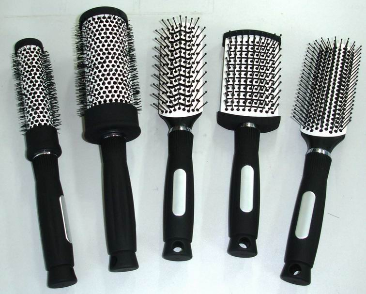 Hair-Brushes1